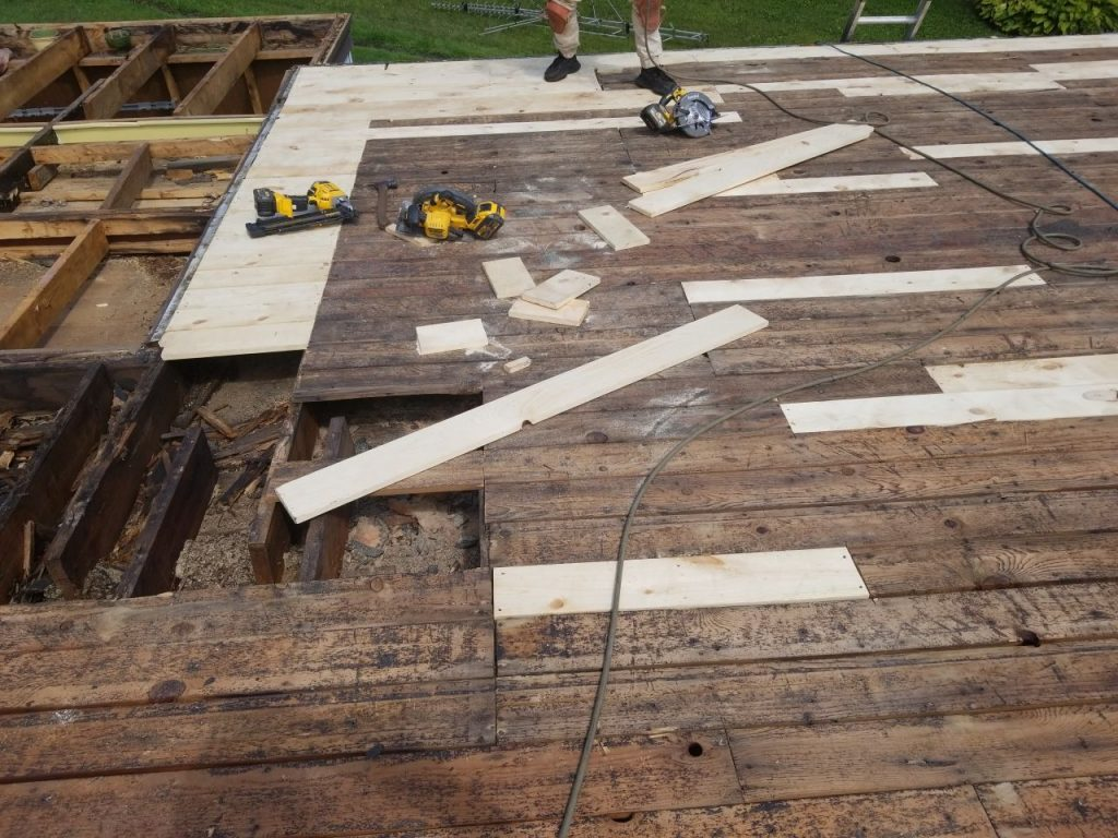 Oakland County Roofing Repair - Decking
