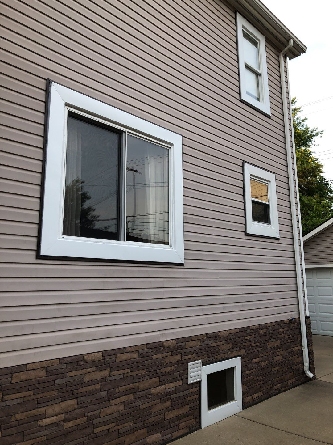 Royal Oak Siding and Brick
