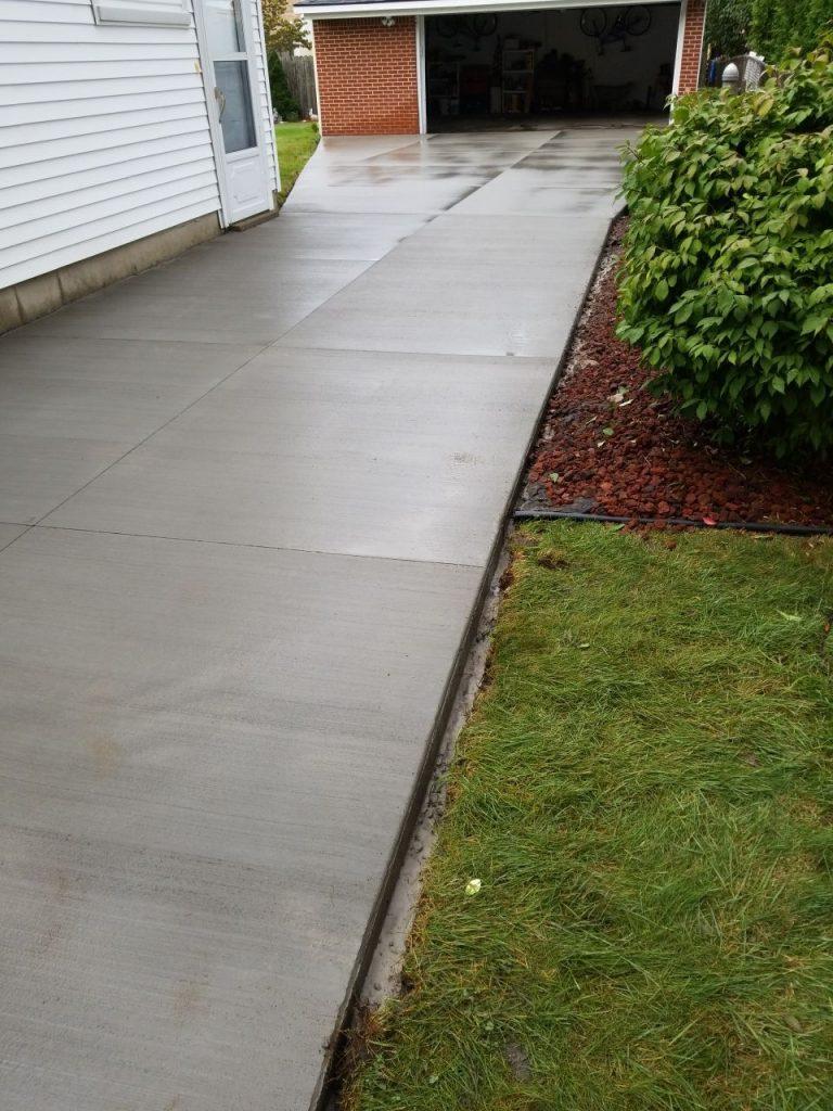 Warren MI Concrete Driveway