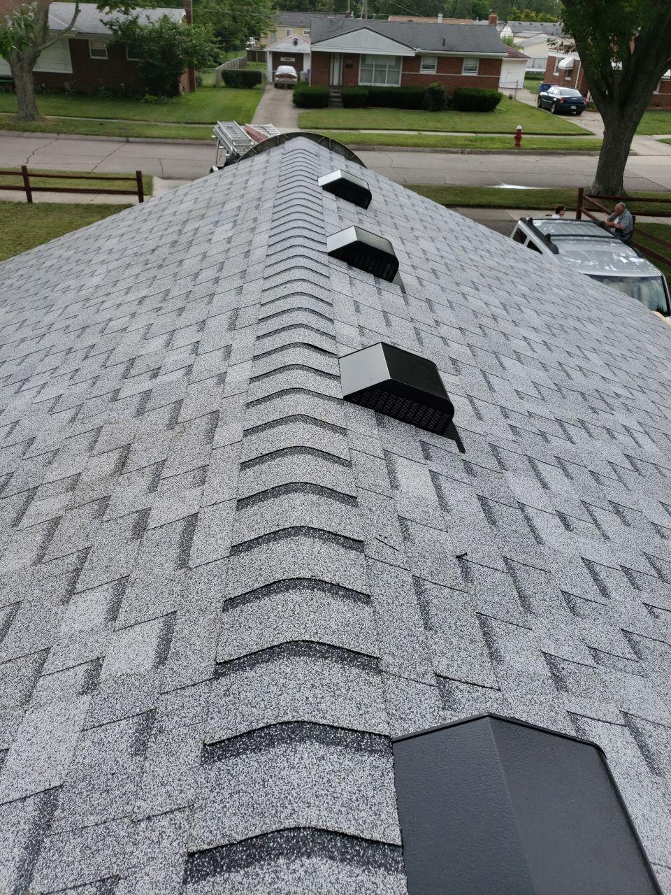 Warren Macomb Michigan Roof Installatino