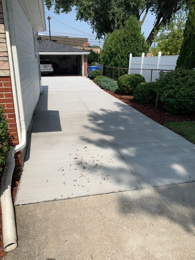 Warren Michigan Concrete Driveway