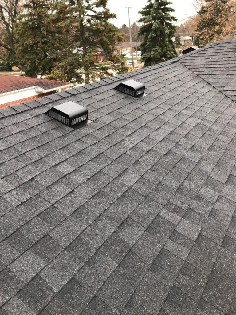Warren Michigan Roofer
