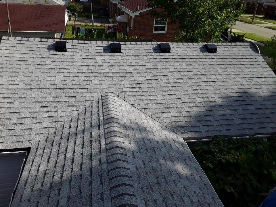 Warren Michigan Roofing Installer