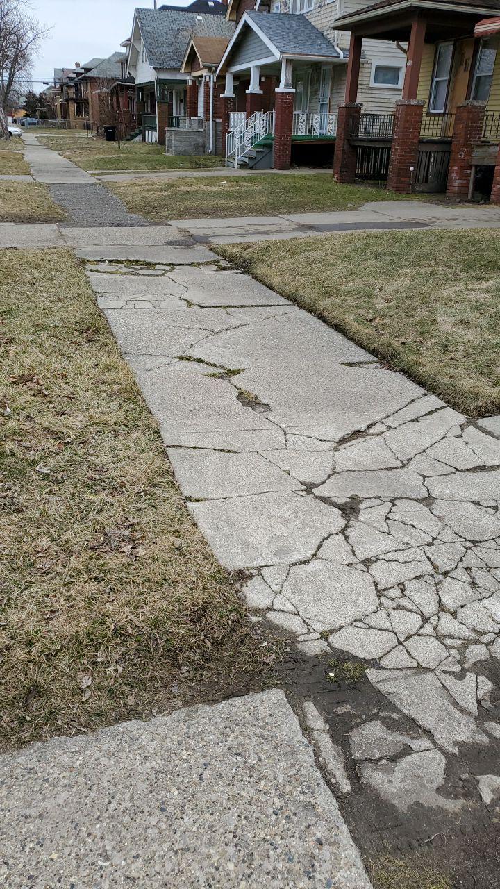 Detroit Michigan Concrete Sidewalk Before