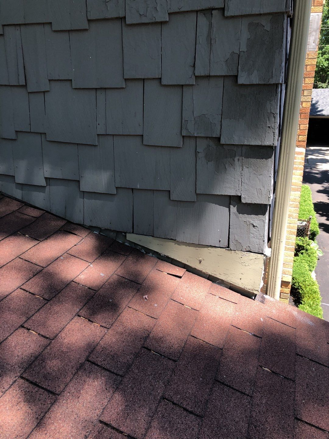 Michigan Roofers Before