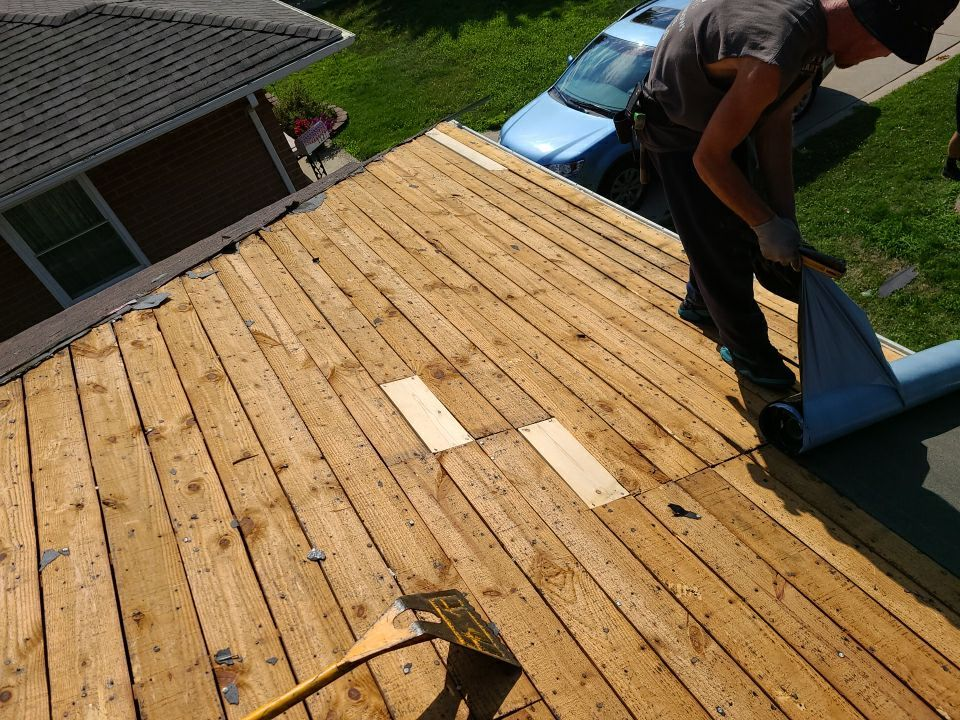 Oakland County Michigan Roofer